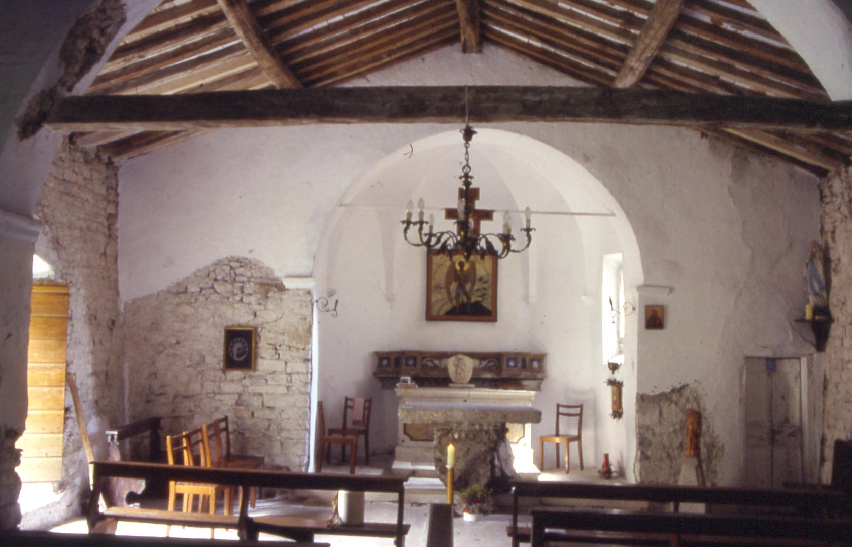 15e---Tremosine,-San-Michele,-interno.