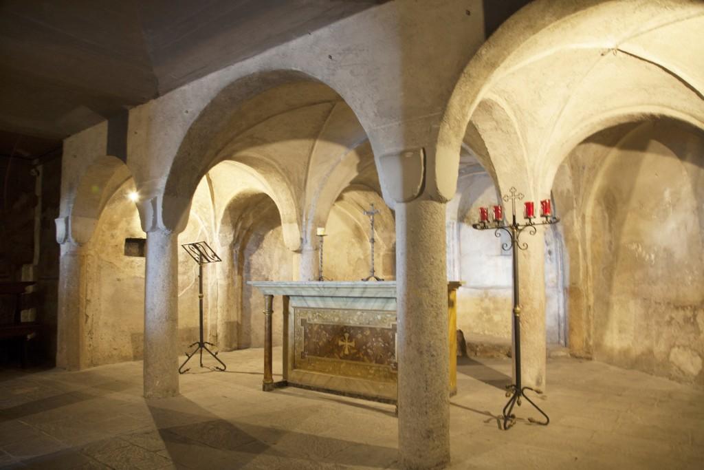 12f---Maderno,-pieve-di-Sant'Andrea,-la-cripta.