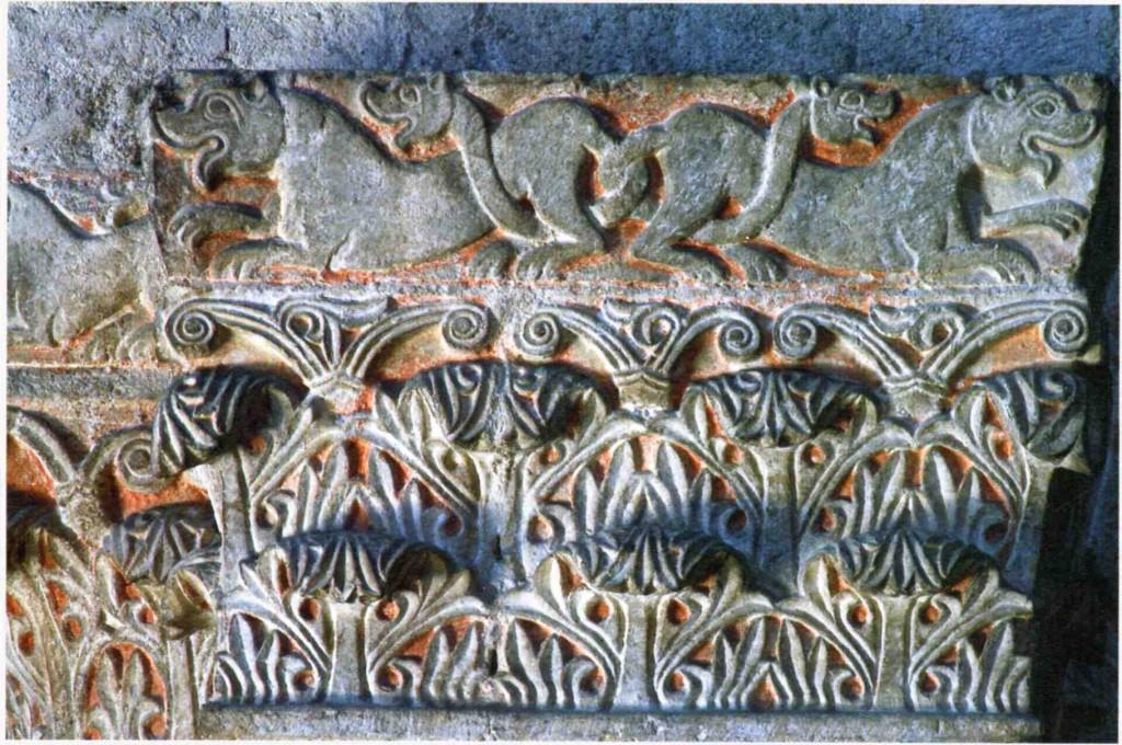 12g---Maderno,-pieve-di-Sant'Andrea,-particolare-di-un-capitello.