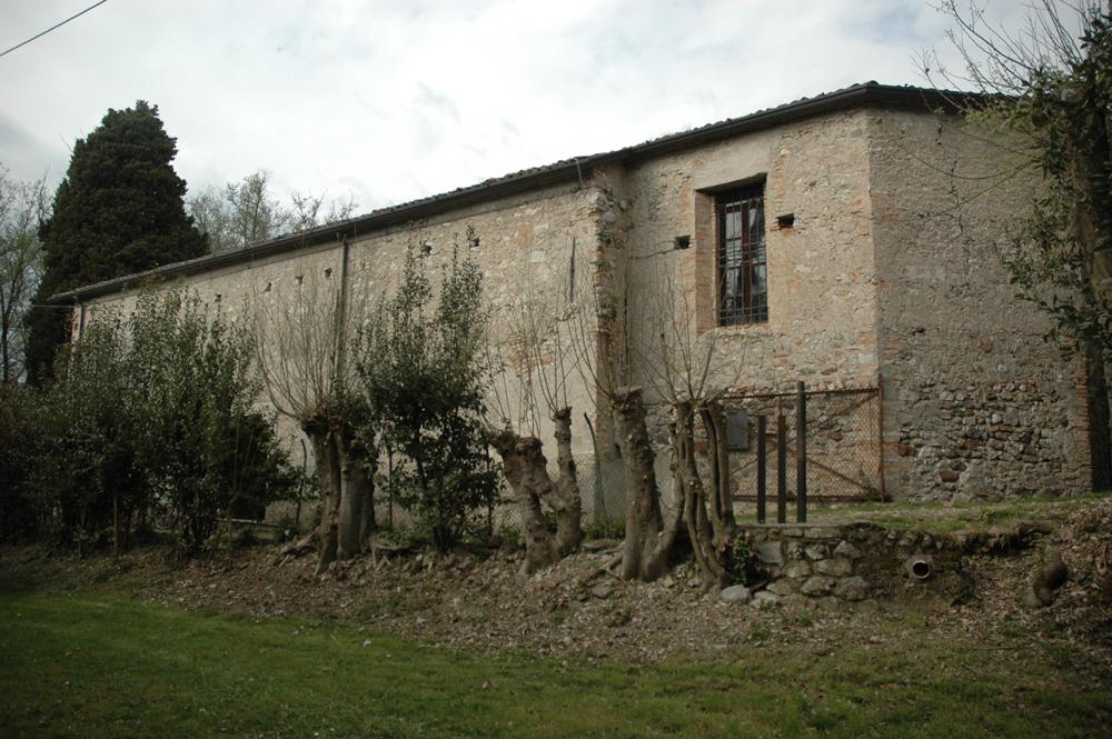 07q---San-Felice,-chiesa-di-San-Fermo,-perimetrale-sud-con-l'attacco-dell'abside-originaria.